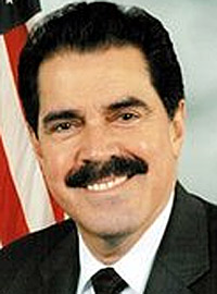 Congresista José Serrano dice Junta de Control Fiscal es resultado de estatus colonial