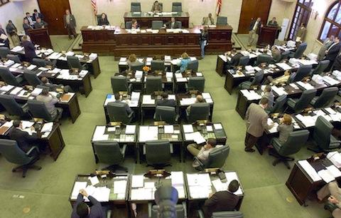 Minorías del PPD y el PIP deciden no firmar decreto de ayuno – Algo Totalmente Voluntario a lo que se Oponen por Oponerse a Todo